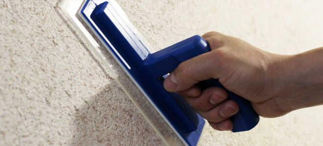 Какие нужны инструменты для нанесения жидких обоев и как ими пользоваться